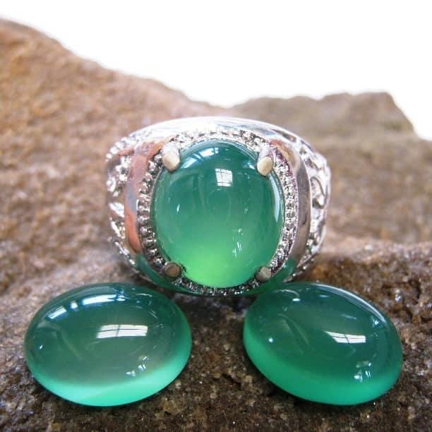 batu akik hijau